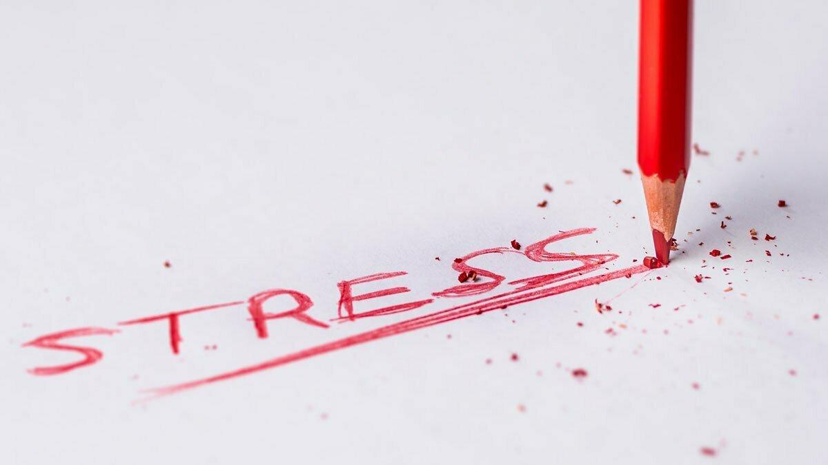 Tinnitus ja stressi. Aiheuttaako tinnitus stressiä vai stressi tinnitusta?